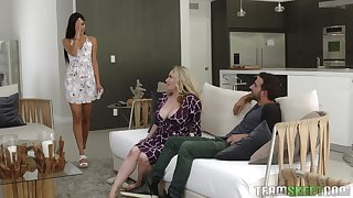 Aiden Starr and Katya Rodriguez blowing their friend's oversize penis