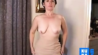 Grown up hairy pussy 1