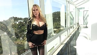 Porn diva Brandi Love is fucked and jizzed by horny Danny Mountain