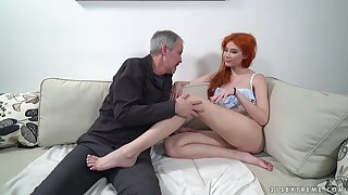 Red haired nympho Gisha Forza bang pensioner living nextdoor