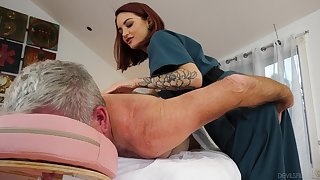 Cute masseuse Lola Fae rides on a high older client in cowgirl pose