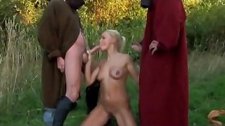 Horny knights fuck ladies nearby hardcore style