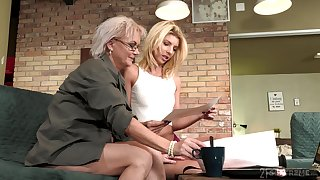 Aging lesbian Elvira is seconded spectacular young congregation of 19 yo model Missy Luv